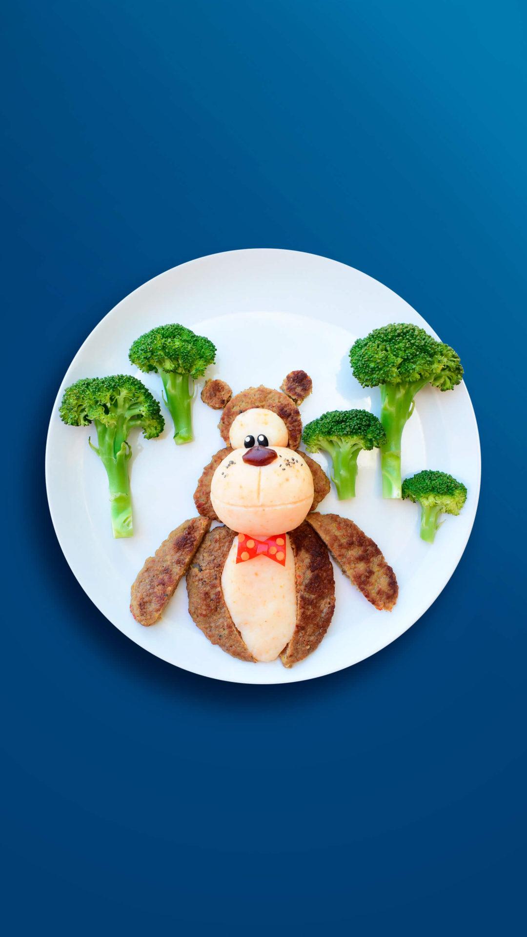 Braunbär im Wald – Schnitzel mit Kartoffelpüree und Brokkoli