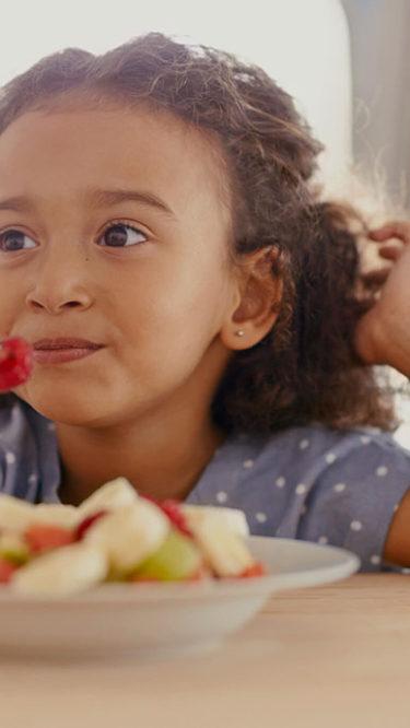 Fünf Tipps für eine gesündere Ernährung von Kindern